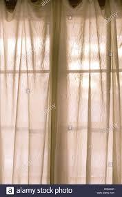 Vorhänge Fenster Schiere Stockfotos Vorhänge Fenster Schiere
