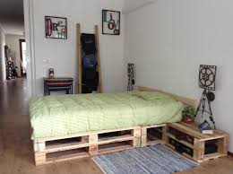 Pallet Bedroom Pallet Bedroom Pallets Pinterest Sleep Pallets And Bedrooms