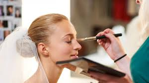 things your wedding day make up artist wants you to know