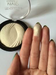 Makeup Revolution Vivid Baked Highlighter In Golden Lights Makeup Revolution London Highlighter Golden Lights