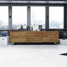Hochwertiges, modernes Lowboard aus Eiche Massivholz in schlichter ...