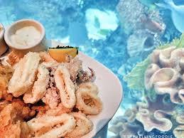 Chart House Fresh Seafood With Gigantic Aquarium In Las Vegas