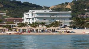 Hotel Caraibi Hotel Caraibi Grottammare Italy Youtube