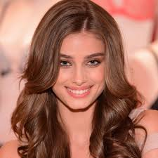 get smooth shiny hair like victoria s secret angel taylor hill