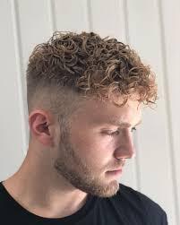 15 Coupes Pour Les Hommes Aux Cheveux Bouclés Identité