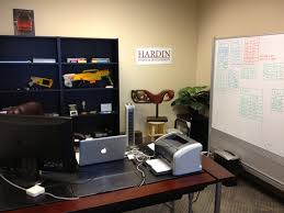 decorate my office. at hardin dd weu0027ve been rapidly growing over the past year and we moved into our new bigger offices in june however between working to grow company decorate my office m