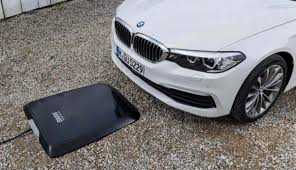 2018 bmw hybrid 5 series. simple bmw 2018 bmw 5 series plugin hybrid to include wireless charging in bmw