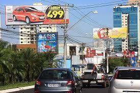 Resultado de imagem para imagens de outdoors nas avenidas