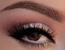 silvery eye makeup 21