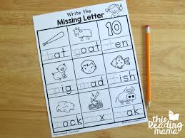 Students work on letter formation, letter recognition, handwriting, beginning letter sounds and even american sign language (asl). Write The Beginning Sound Worksheets This Reading Mama