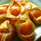 apricot pastry