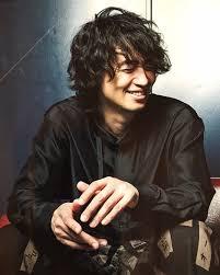 斎藤工の最新画像まとめかっこいい笑顔がいい筋肉もすごい