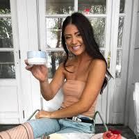 Nicole Carlson Social Media Influencer Bio on Socialix