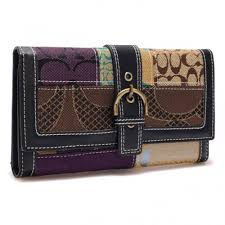 Coach Holiday Buckle In Signature Large Black Wallets F5629