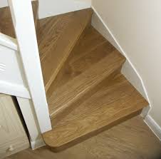 How To Hardwood Stairs Winder Stairs White Oak On Stairs With 3 Winder Treads For The