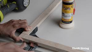 how to make a diy privacy window screen use corner clamps to glue straight