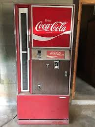 Vintage Coke Vending Machine Unique VINTAGE COKE VENDING Machine Cavalier Model CSS4848 4848