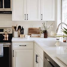 White Kitchen Cabinets With Black Countertops Adorable White Cabinets With Black Hardware DESIGN INSPO In 48
