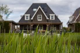 kosten makelaar verkoop woning aftrekbaar