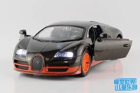 Veyron nebol na prvej priečke najrýchlejších áut sveta veľmi dlho. Free Shipping Black Orange Alloy Car Models Toys 1 32 Bugatti Veyron Supercar Acousto Optic Version Back Double Door Toy Bowling Door Clubtoy Box Toy Story 3 Aliexpress