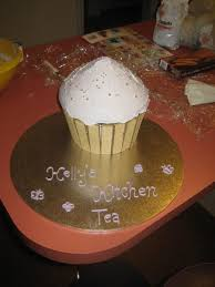 Kitchen Tea Cake My Giant Cupcake Kitchen Tea Cake Cakecentralcom