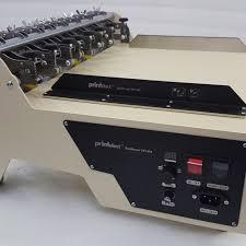 Клеемазательная машина с функцией биговки и перфорации ...