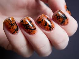Spooky Splatter Nails (+ Tutorial) | Chalkboard Nails | Nail Art Blog