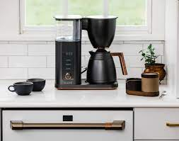 The manual hand drip method unlocks the full spectrum of flavours and aromas. Cafe Drip 10 Cup Coffee Maker With Wifi Matte Black C7cdaas3pd3 Best Buy