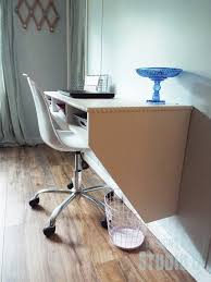 side view of wall mounted desk