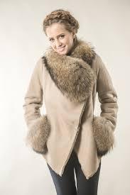 fur coat 235 v