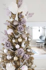Lovely Christmas color scheme and how she DIY'd the ornaments! Fun with  Colour