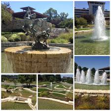 today i enjoyed the mild kansas city weather and walked the grounds of this expansive fountain it is many diffe levelany diffe water