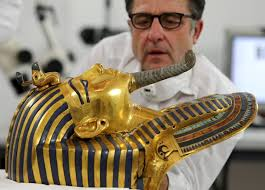 prosecutors claim cover up as face trial for damaging king tut prosecutors claim cover up as 8 face trial for damaging king tut mask newshour