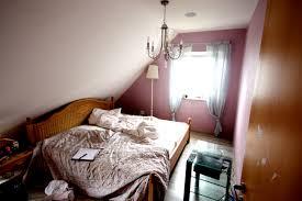 Elegante Ideen Um Schlafzimmer Im Dachgeschoss Zu Streichen Fotos