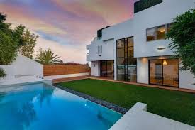 pacific palisades houses. Fine Palisades Tyra Banks Dropped 7 Million On Her Fourth Home In Pacific Palisades With Houses