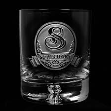 this quality crystal double old fashioned glass adds weight and style to your whiskey glass with a beautiful bubble feature in the center of the sham