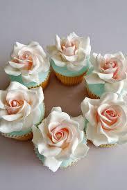 24 Flower Wedding Cupcakes That Look Like Real Flowers Something