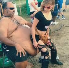 Girl twerking fat man