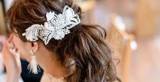 卒花さんはどんなヘアアクセサリーを付けてた花嫁ヘアアクセ実例集