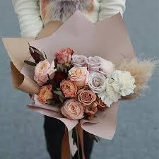 <b>Букет</b>: Розы <b>&quot</b>;Капучино&quot;, Диантус №045 Размер L