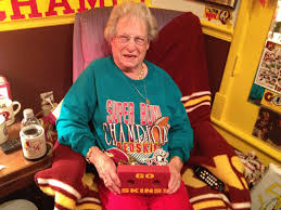 89-year-old woman is die-hard Redskins fan (VIDEO) | WTOP