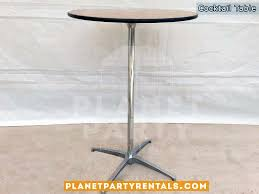 round cocktail table for all events