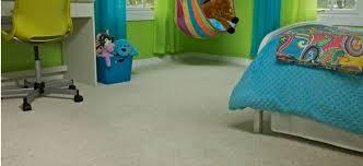 Kinderzimmer Ideen Einrichtung Boden Teppichboden Spielzeuge