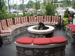 Outside Bar Relaxing At Redstone Mt Plate