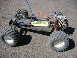 radio controlled car a traxxas electric rustler a rear wheel drive stadium truck out body radio controlled