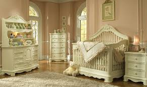 Vintage nursery furniture Old Fashioned Antique Baby Nursery Shoppersbase How To Make Your Childs Nursery Look Like An Antique Room