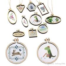 mini wooden necklace pendant creative embroidery circular charm stretch diy cross stitch frame hoop arts high quality 5 5hb bb canada 2019 from hehong1966