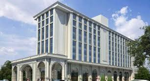 new courtyard marks second hotel for the brand in india s garden city