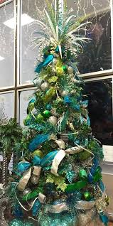 BLUE / TEAL / TURQUOISE CHRISTMAS IDEAS | Peacock christmas tree, Peacock christmas  and Green peacock