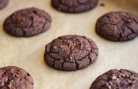 our favorite protein cookie recipes fudgy black bean cookies
